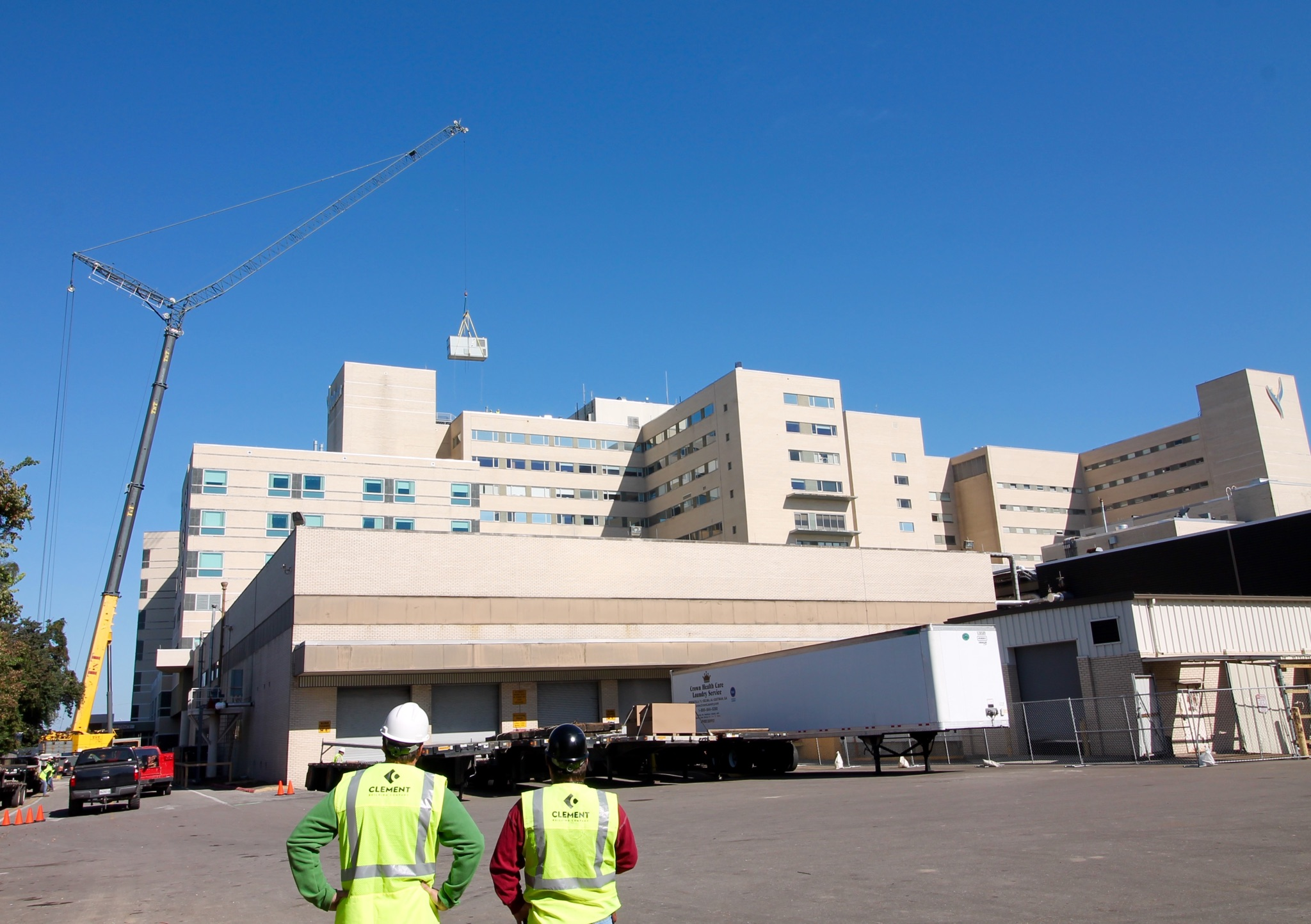 Ochsner Crane Lift 12-05-2015 FB